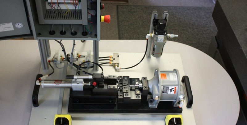 Semi-automatic insertion fixture built, assembled and programmed by Lynn Welding.